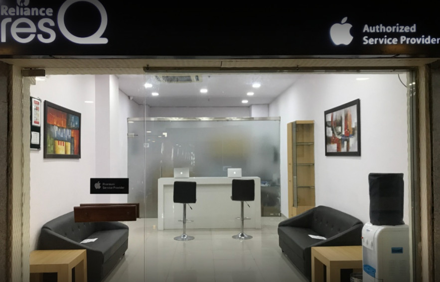 Apple Authorised Service center - ResQ, City Pulse Mall, Jaipur