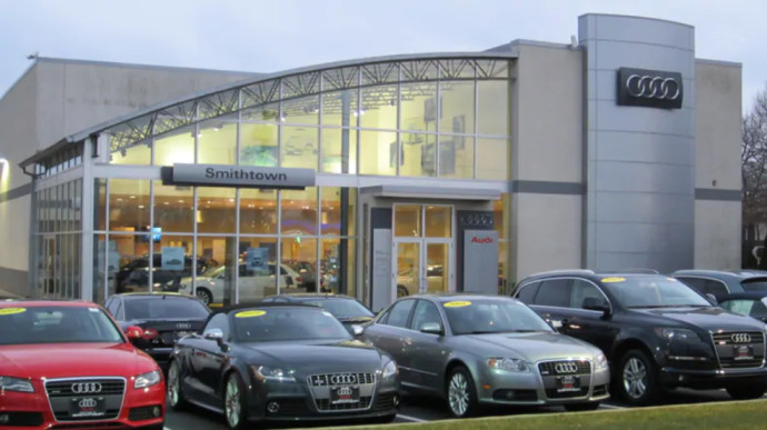 Audi Service Parts and Collision Center in Nesconset, New York