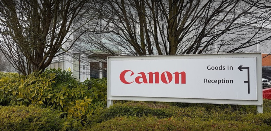 Canon Professional Service Center UK - Based in Elstree, England